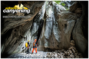 EXTREME CANYONING TEAM IN SPECTACULAR CANYON SKURDA